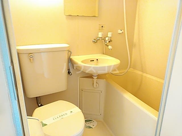 スカイコート大森山王 601号室の風呂