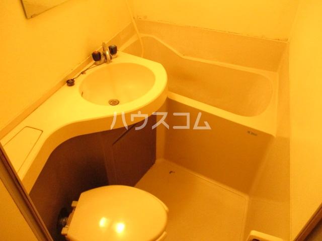 グリーンコーポ旭 303号室の風呂