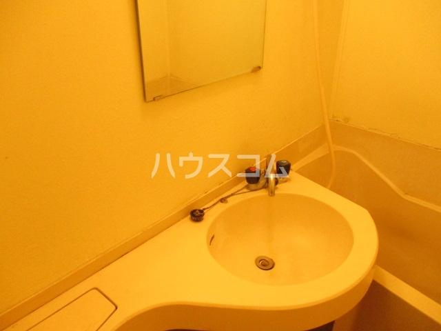 グリーンコーポ旭 303号室の洗面所