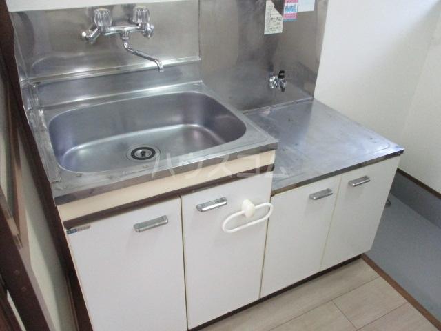 トモエ―ル 101号室のキッチン