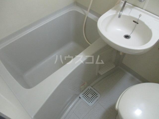 トモエ―ル 101号室の風呂