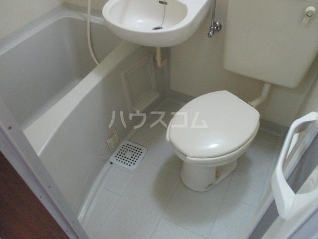 トモエ―ル 101号室のトイレ