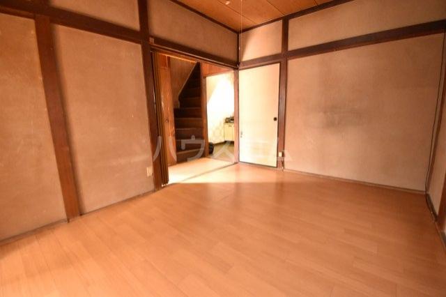 狭山市水野貸家の居室