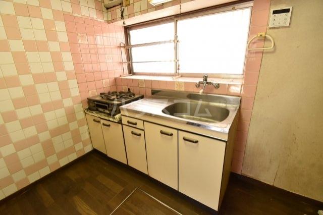 狭山市水野貸家のキッチン