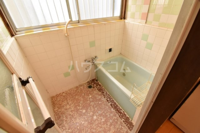 狭山市水野貸家の風呂