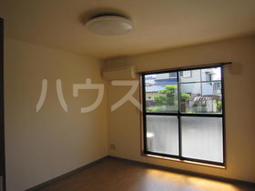 Gracious S-place 110号室の居室