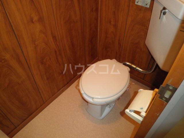 ハイツいずみ 105号室のトイレ