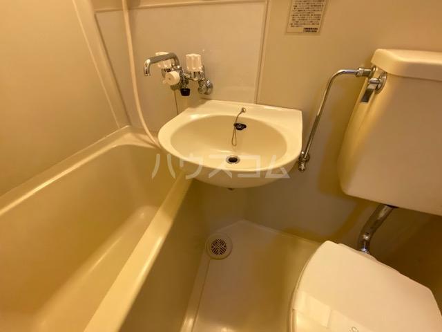 会田コーポ 401号室の洗面所