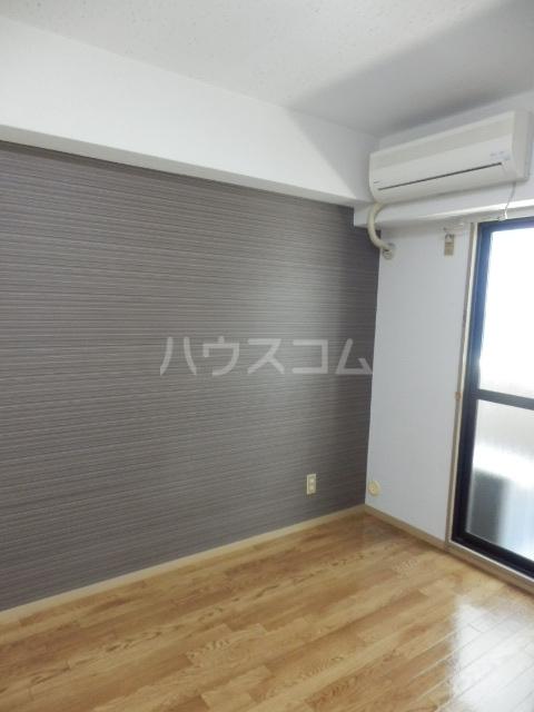 会田コーポ 402号室のリビング