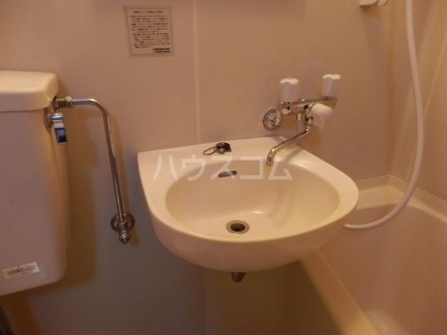 会田コーポ 402号室の洗面所
