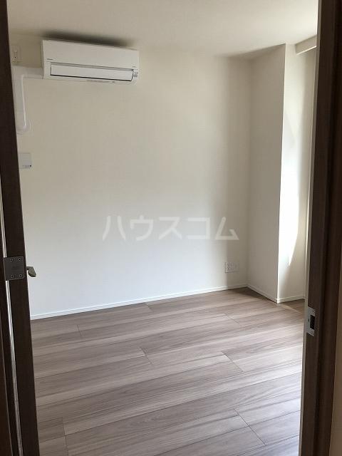 マスターズ ヒル横濱紅葉坂 303号室のベッドルーム