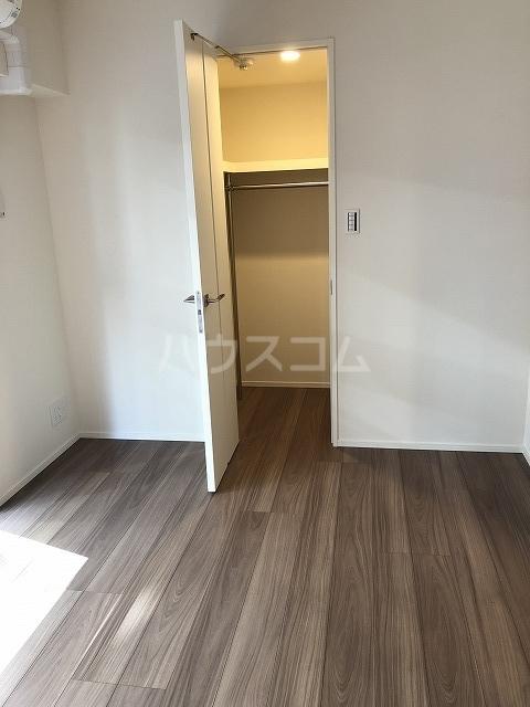 マスターズ ヒル横濱紅葉坂 303号室の居室