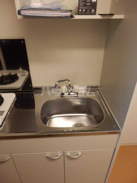 パインレジデンス 401号室のキッチン