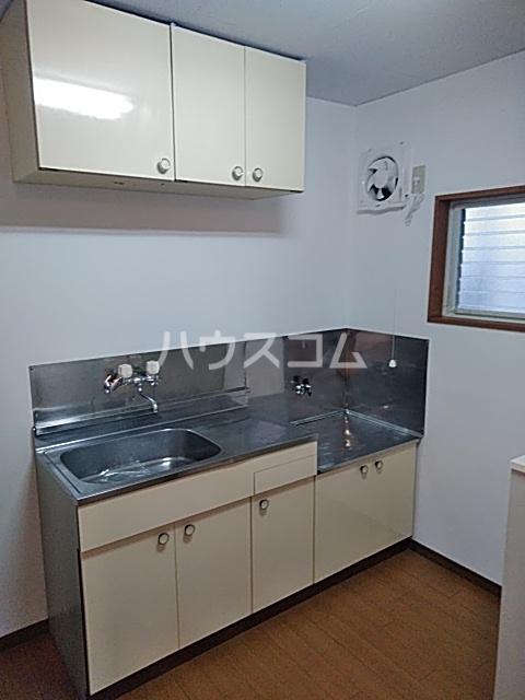 グリンデルⅠ 205号室のキッチン