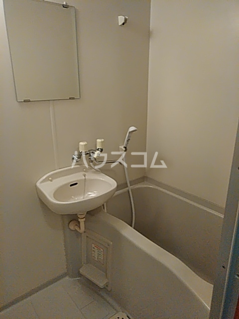グリンデルⅠ 205号室の風呂