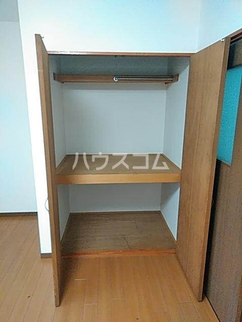 グリンデルⅠ 205号室の収納