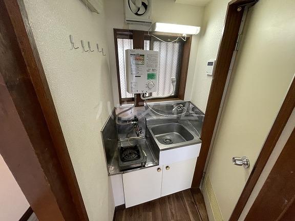 フラット野田 202号室のキッチン