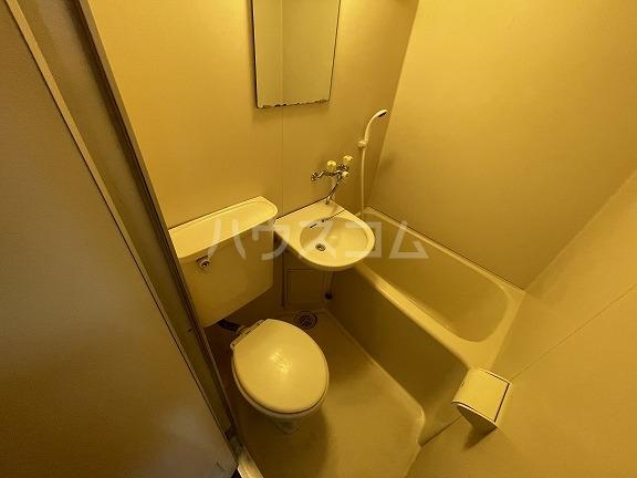 フラット野田 202号室のトイレ