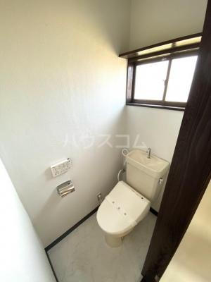 シャレル茂呂K 9号室のトイレ