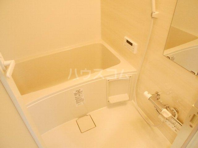 ウェルフォート幸川 1205号室の風呂