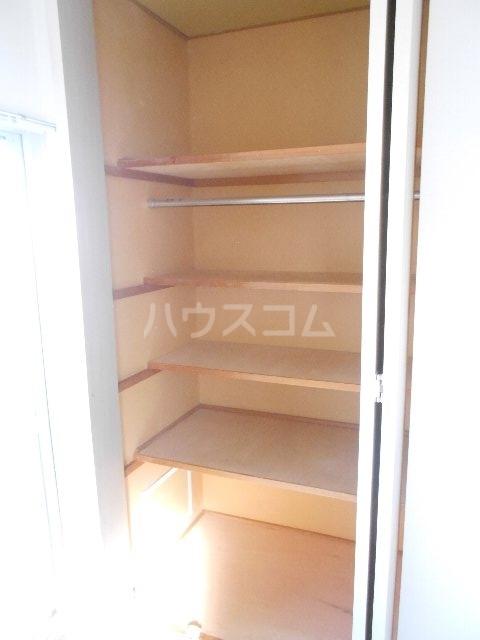 ウェルフォート幸川 1205号室の収納