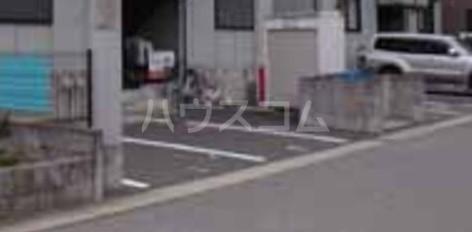 グリーンハイツ尾崎台 A 201号室の駐車場