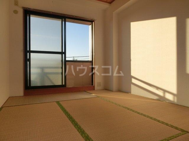 グランディールYOKOYAMA Ⅱ(グランディールヨコヤマ) 00303号室の居室