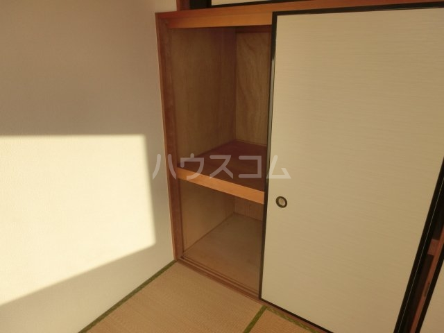 グランディールYOKOYAMA Ⅱ(グランディールヨコヤマ) 00303号室の収納