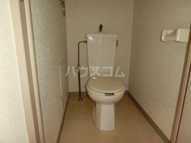 グランディールYOKOYAMA Ⅱ(グランディールヨコヤマ) 00303号室のトイレ