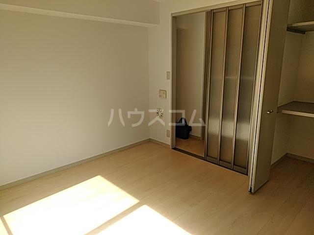 ジョリエ大岡山 208号室の収納