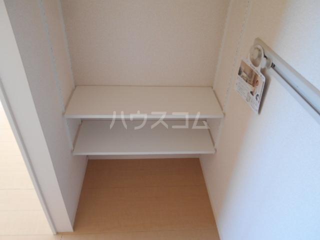オマージュA 203号室の収納