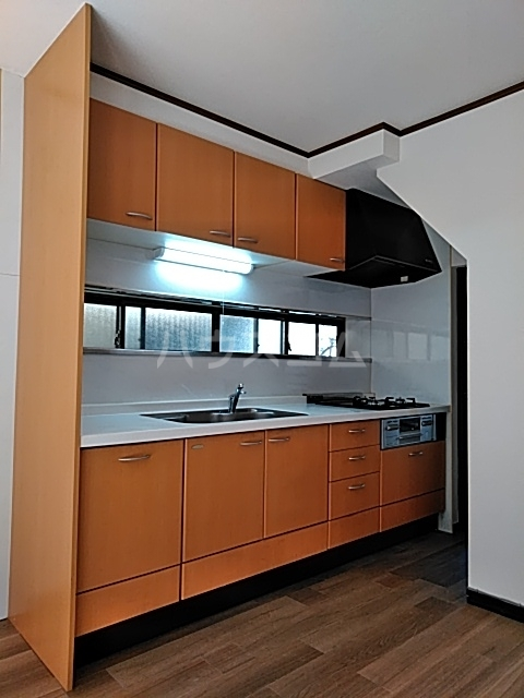上山口貸家のキッチン