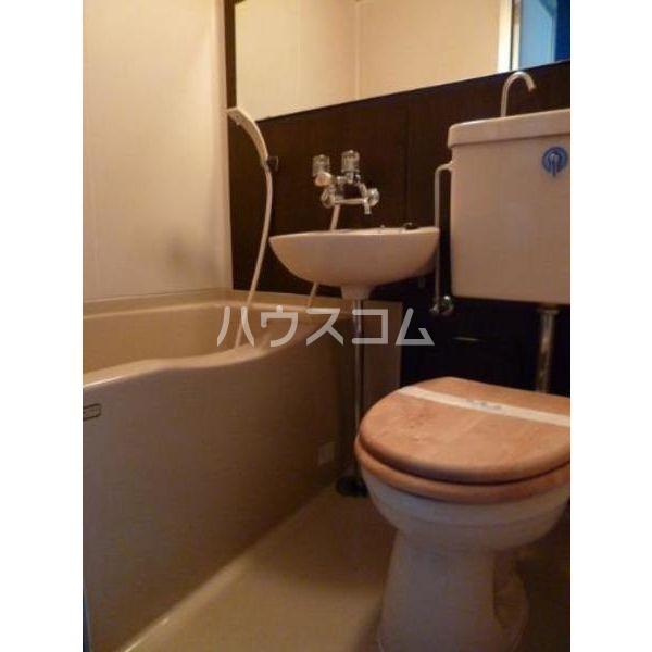 ホットスタッフビル 305号室の風呂