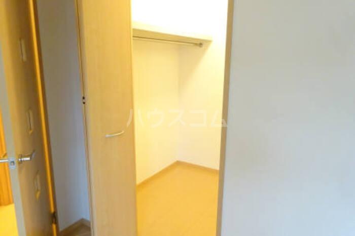 カプリコート 105号室の収納