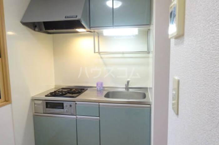 カプリコート 105号室のキッチン