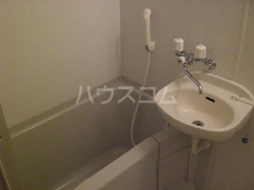 レオパレスサンシャイン 205号室の洗面所