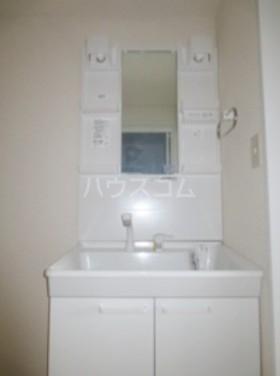 ベルメゾン武蔵関の洗面所