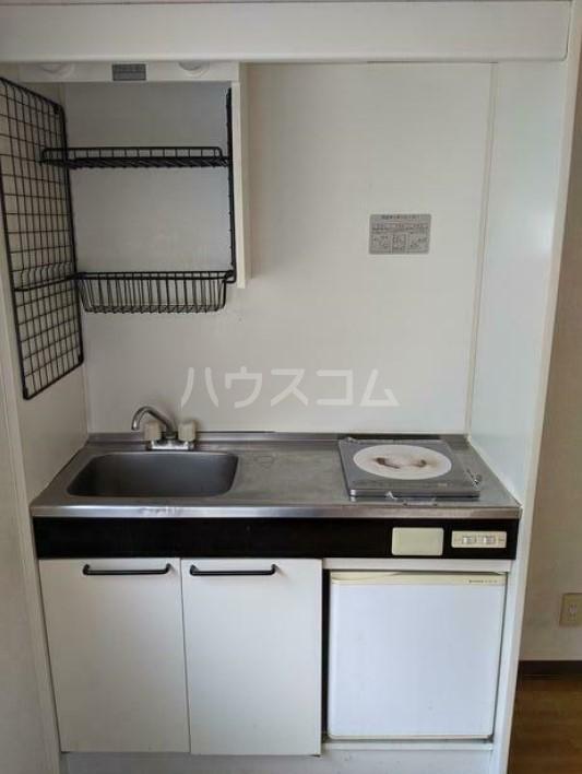 メゾン高輪 103号室のキッチン
