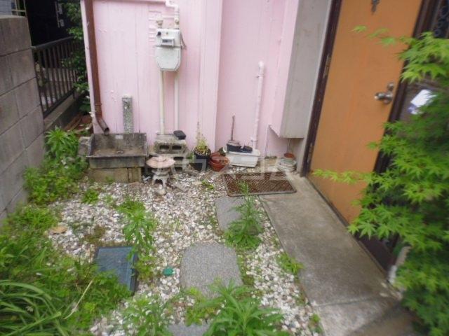 東初富4-4戸建の庭