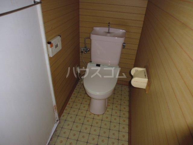 東初富4-4戸建のトイレ