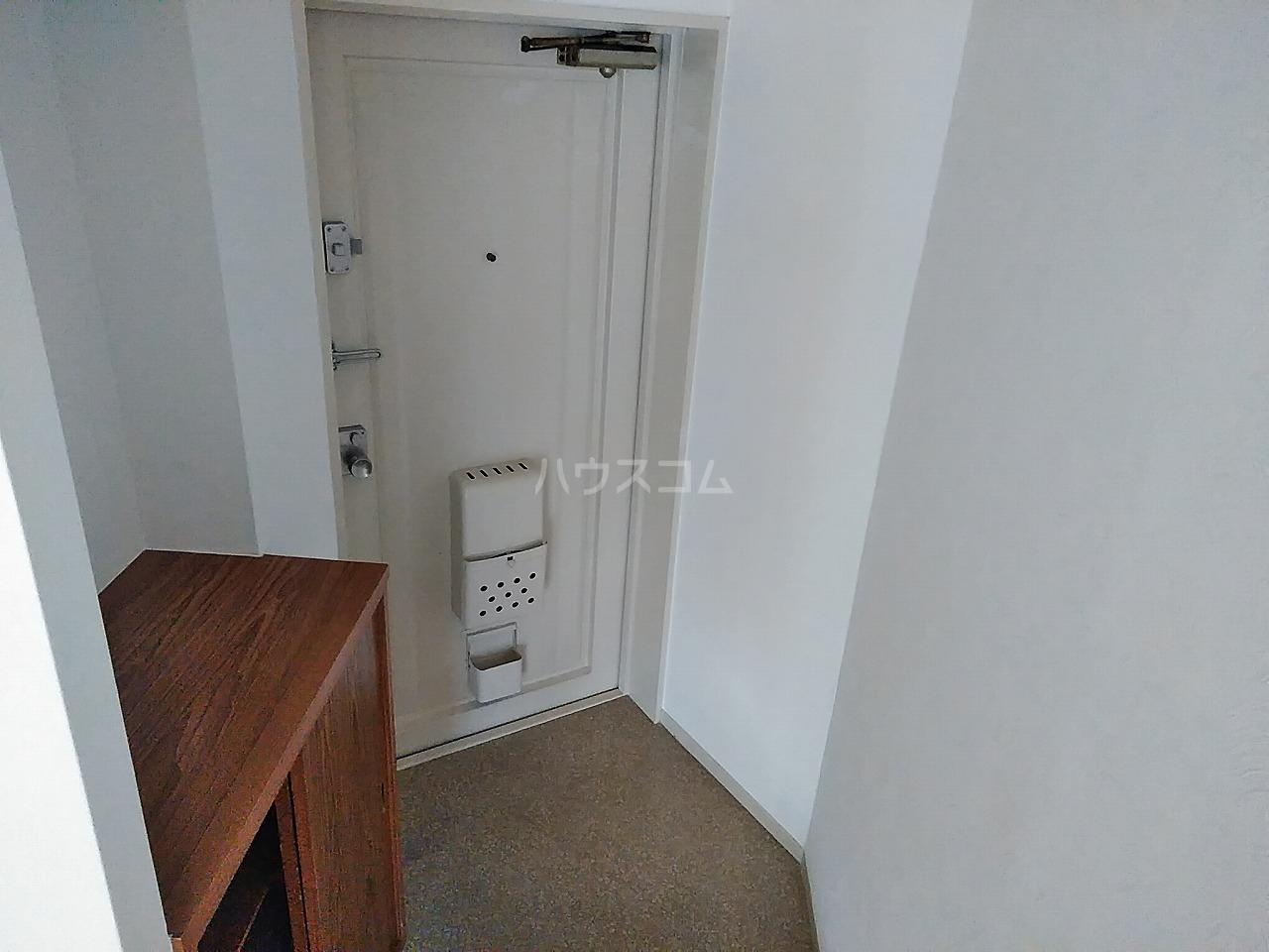 佐々木コーポ 403号室の玄関