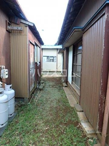 竹内貸家 6号室の庭