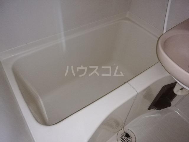 レジデンツFK 101号室の風呂
