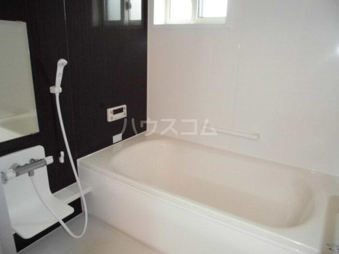 グランメゾン 302号室の風呂