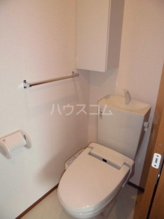 グランメゾン 302号室のトイレ