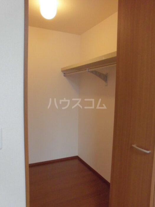 グランメゾン 302号室の収納