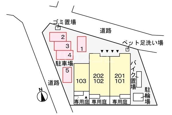 リシェス 01010号室の駐車場