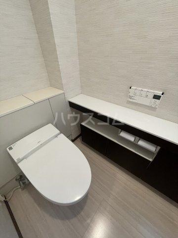 岡崎市針崎町春咲戸建のトイレ
