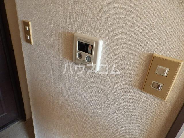 コーラルハイツ中山 201号室の設備