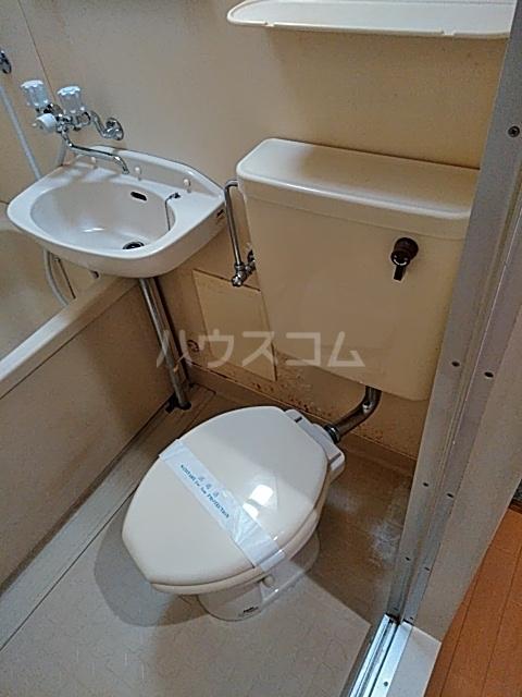佐伯ビル 205号室のトイレ
